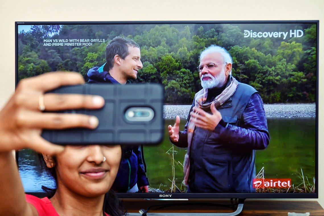 《荒野求生秘技》是Discovery頻道的經典實境節目,今年8月12日播出了印度...