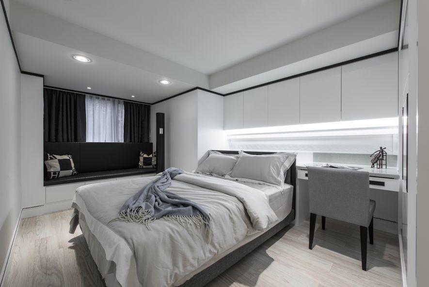 (圖)兒子房間揮去滿屋色彩,調整為簡潔的設計語調,以中性色生成太空艙般潔淨寬敞的...