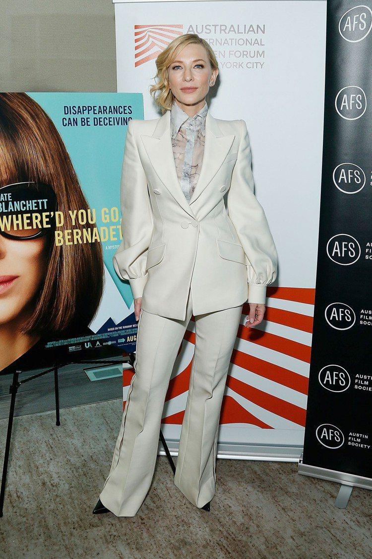 凱特布蘭琪詮釋 FENDI 2019秋冬高級訂製服,穿出帥氣、霸氣與美麗兼具的女...