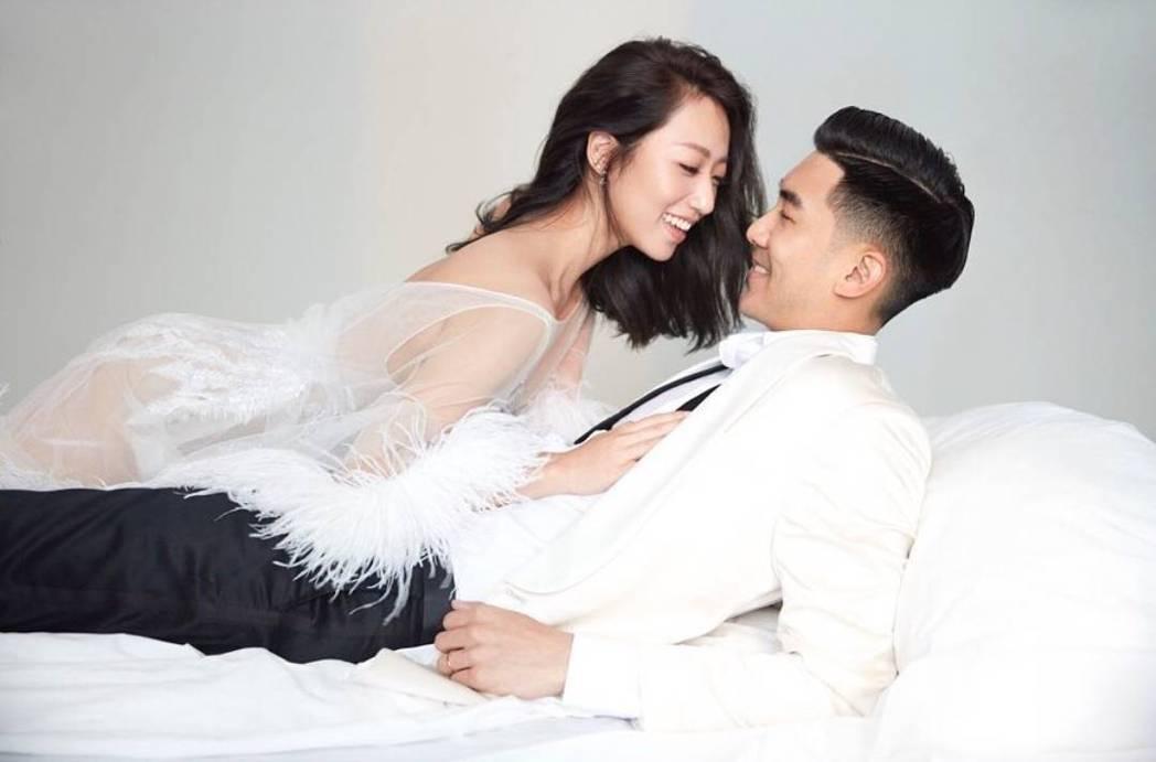 毛加恩與羅雯婚紗照唯美。圖/摘自IG