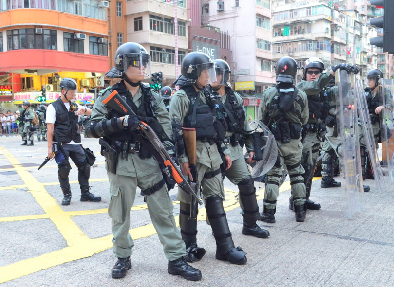 香港警察公共關係科總警司謝表示,香港市民對警方「好有情緒」(十分有意見),影響警...