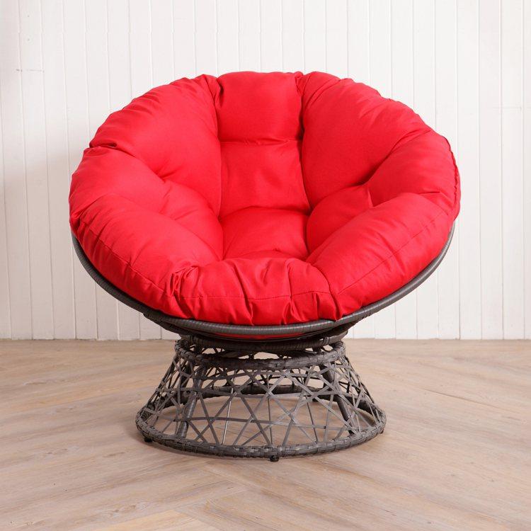 生活工場最具代表性的舒適旋轉式星球椅,原價4,990元,即日起至9月12日鑽石會...