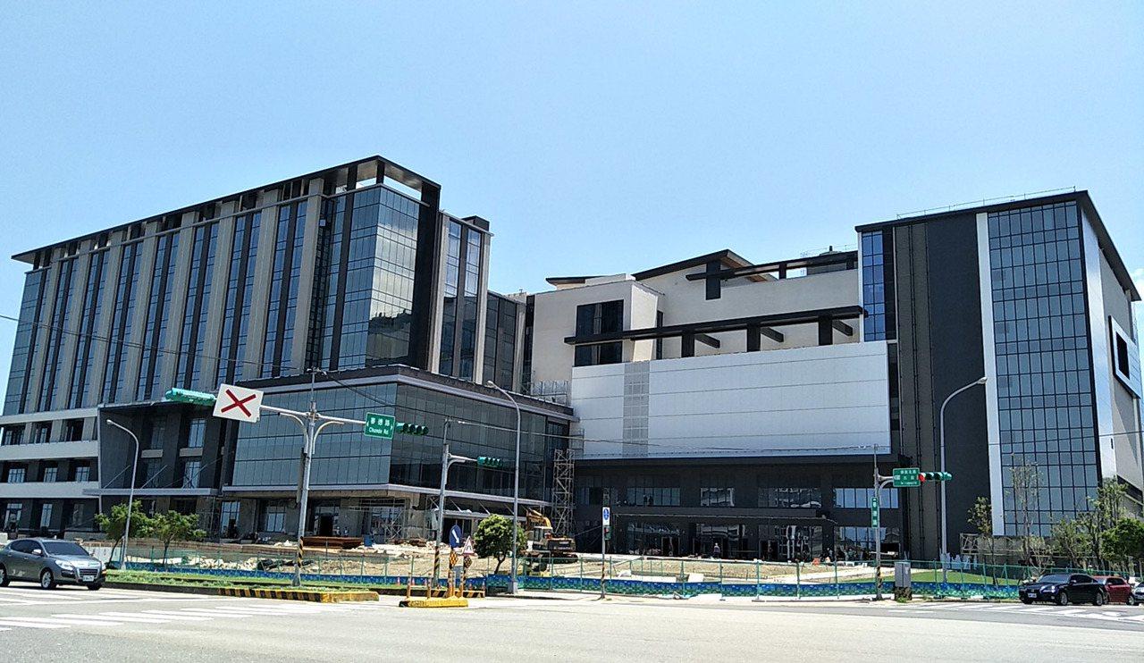 日本橫濱八景島打造全台最大國際八景島水族館、搭配新光影城、觀光旅館大樓趕工興建外...