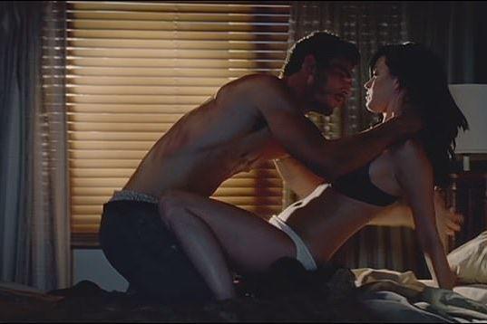 凱蒂佩芮今天被合作MV「Teenage Dream」的男模喬許克羅斯爆料,在派對上對他性騷擾,當著大眾的面前脫下他的褲子,讓大家看到他的生殖器。喬許克羅斯在IG指控9年前遭到凱蒂佩芮性騷擾,表示,事...