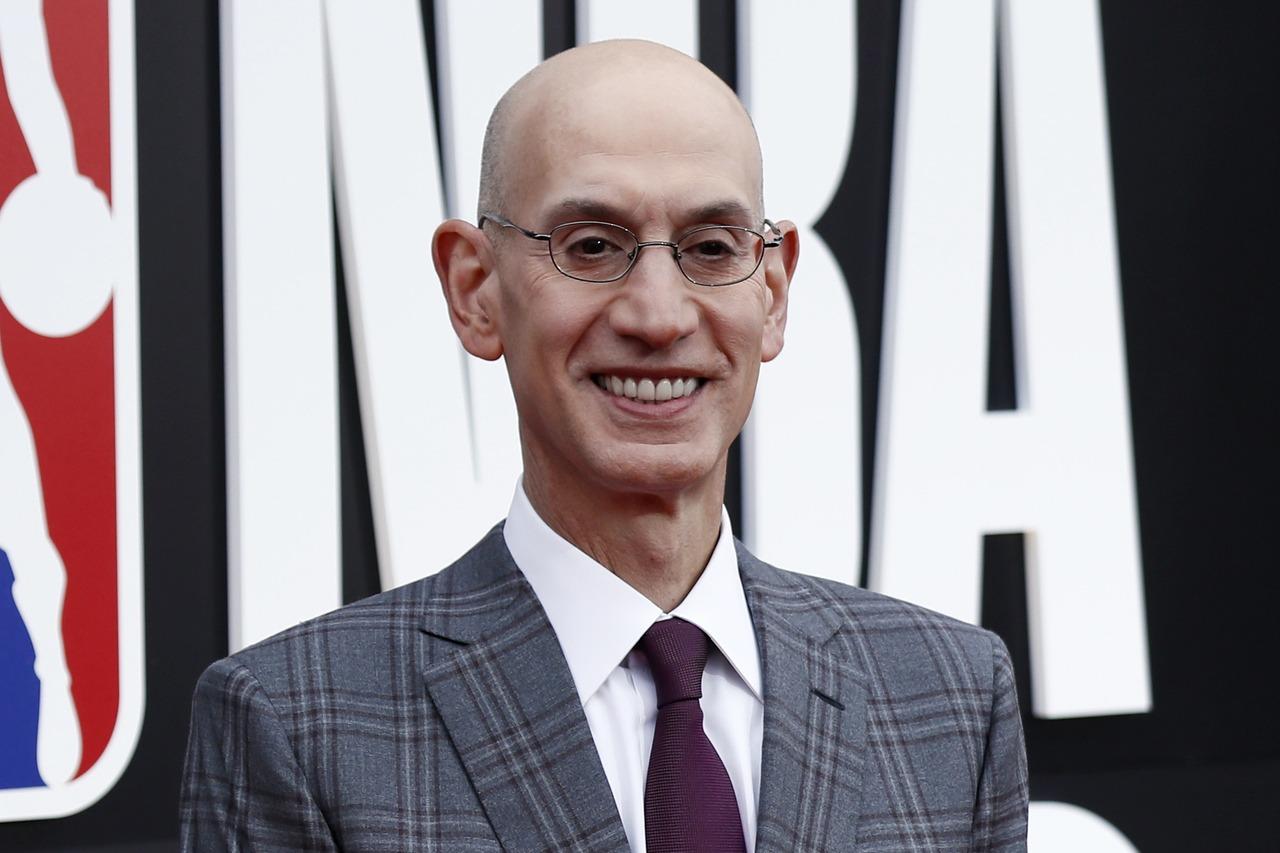金塊前鋒的無心之過,讓NBA主席席佛的聯絡方式全曝光。 歐新社