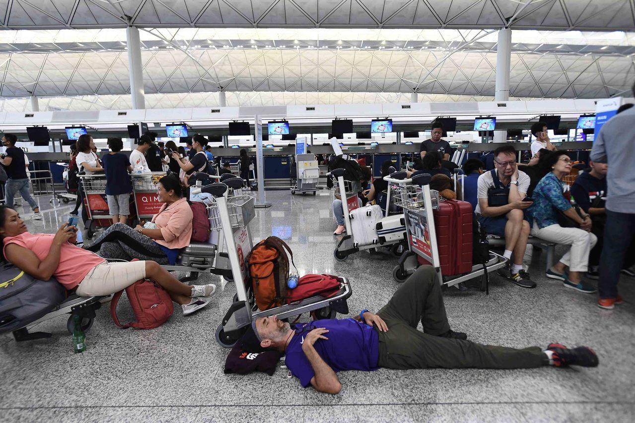 川普不干涉香港民主事務遭批 中國新聞社