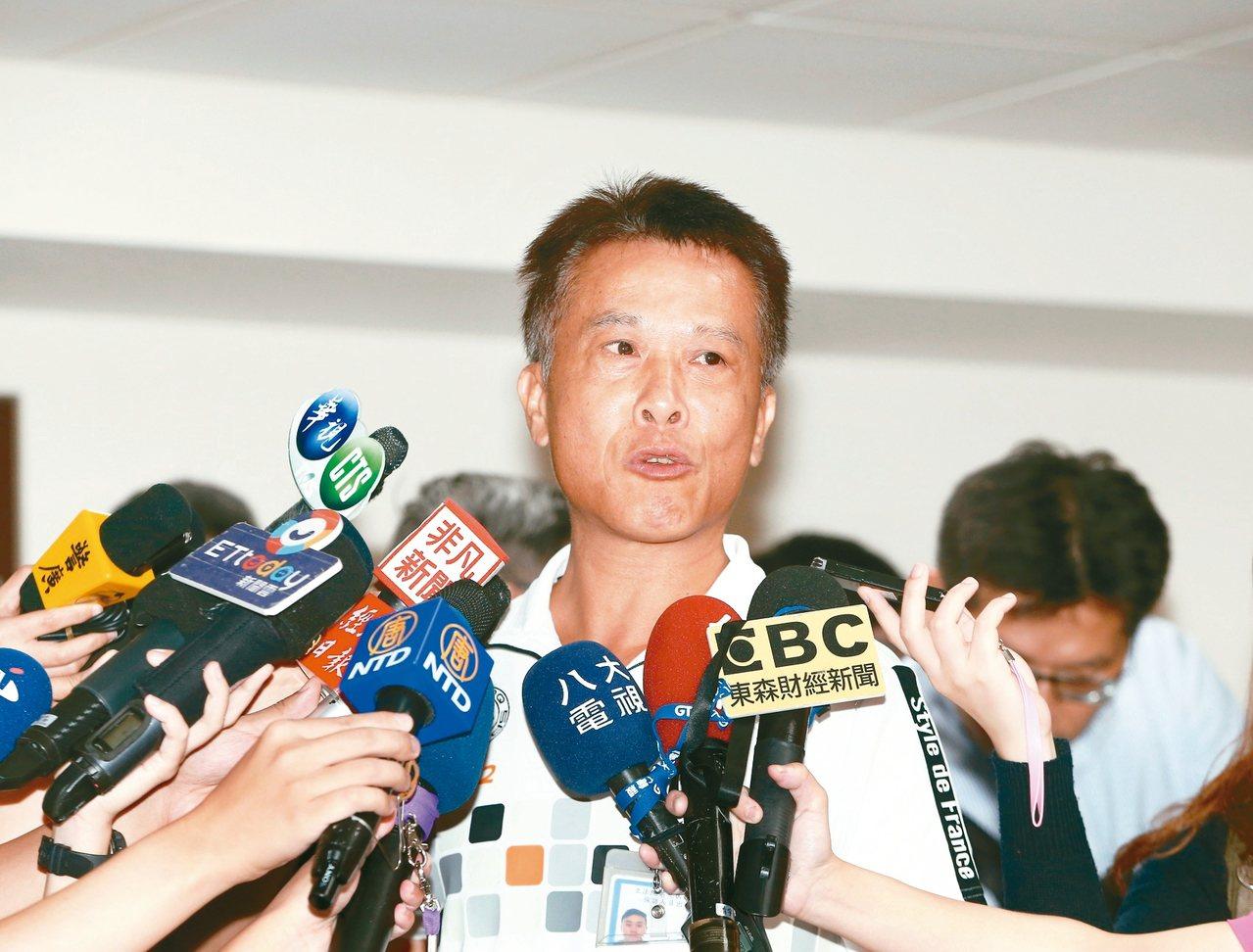 基本工資審議委員會,資方代表工業區廠商聯合總會理事曾寶祥出席。 記者曾原信/攝影
