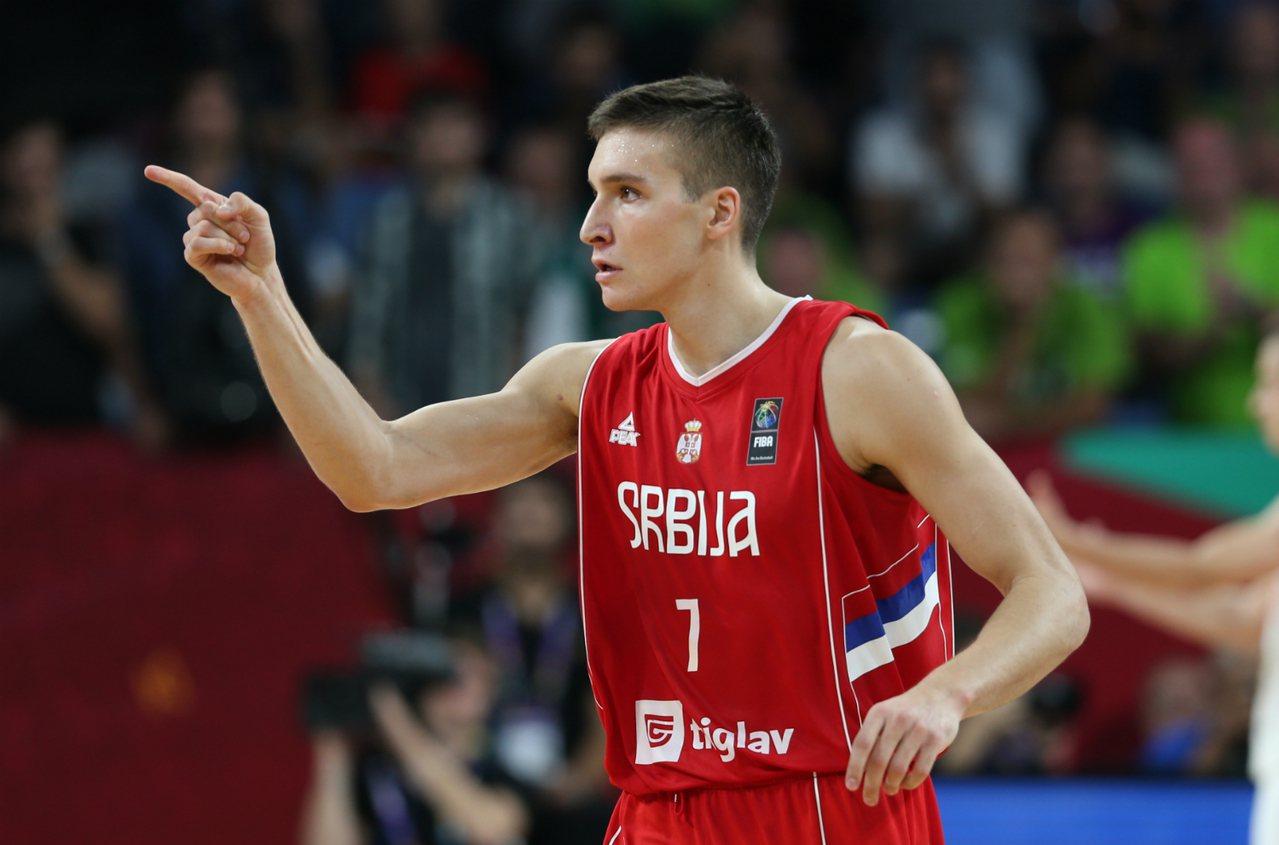 塞爾維亞靠著波格丹諾維奇(Bogdan Bogdanovic)攻下27分,率隊擊...