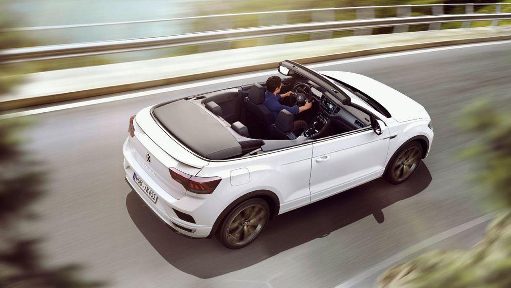 Volkswagen T-Roc Cabriolet為2+2車型。 摘自Volk...