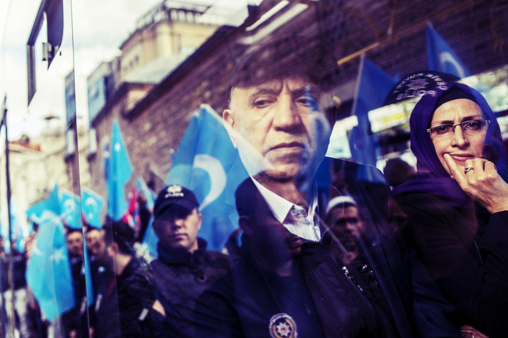 因為維吾爾族問題而失去一個購買力強大的貿易夥伴,對厄多安政府來說是相當不明智的行...