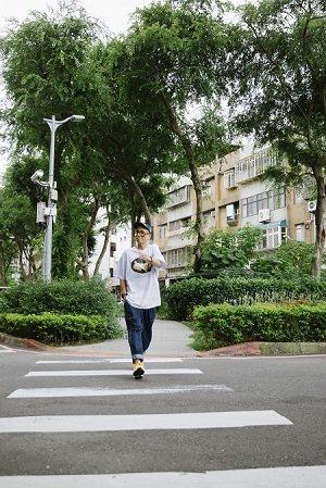從20幾歲北上到現在,呂士軒對台北已感到無比熟悉。 (攝影/蔡耀徵)