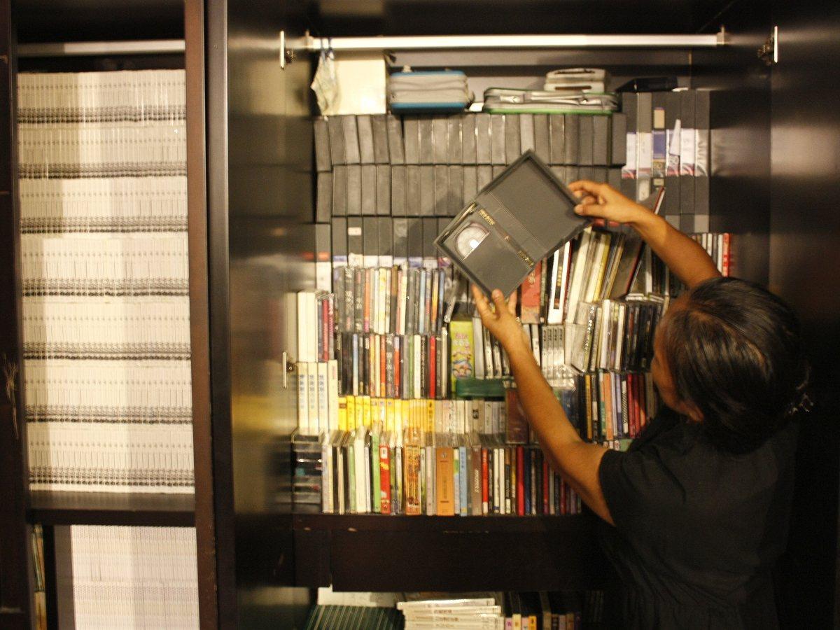 台灣配樂大師史擷詠手稿與作品磁帶,計劃將九份故事樓二樓整理出展演空間,讓音樂團體...