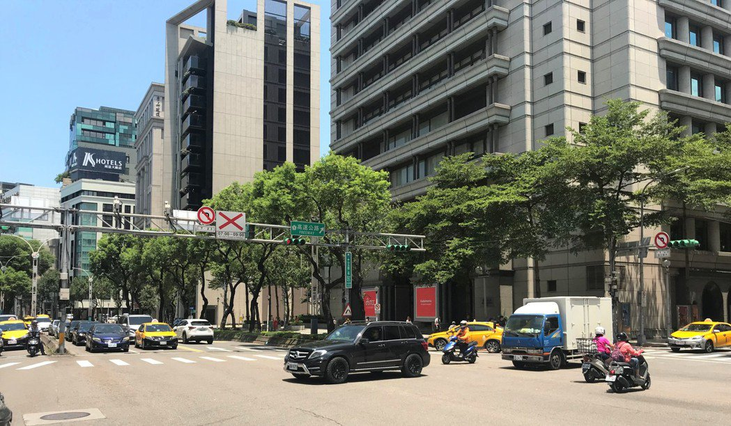 中山北路二段。 記者游智文/攝影