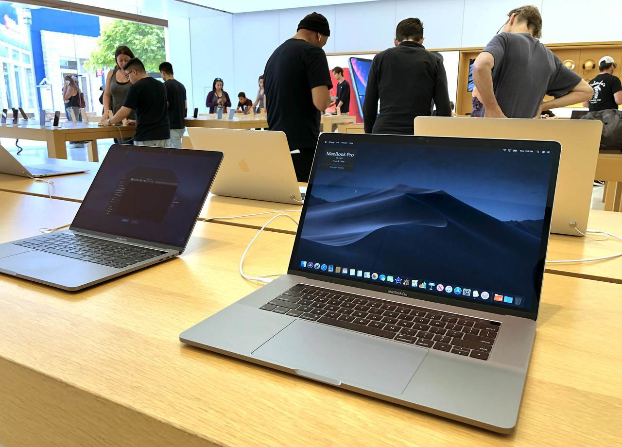 繼美國等國之後,越南航空局今天也發出警告,將禁止這款Macbook Pro登上飛...