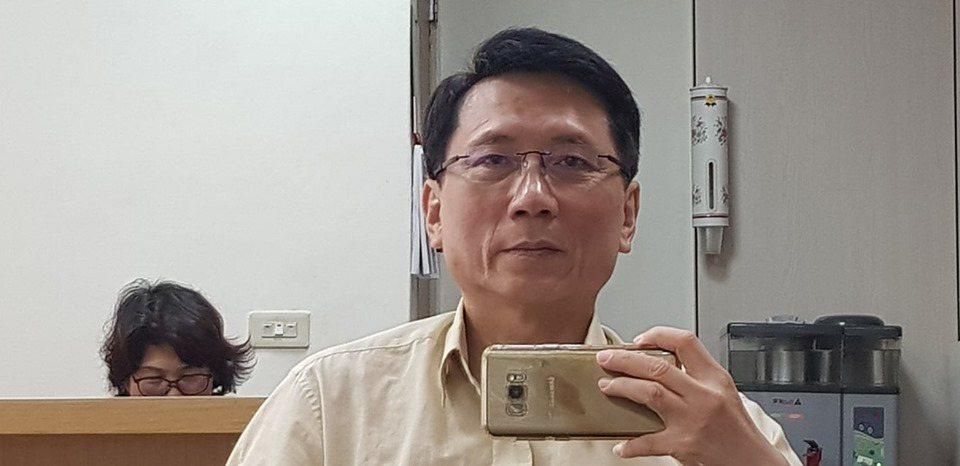 桃園市議員詹江村也跳出來挺韓,指黑韓只剩下這點能耐。取自臉書