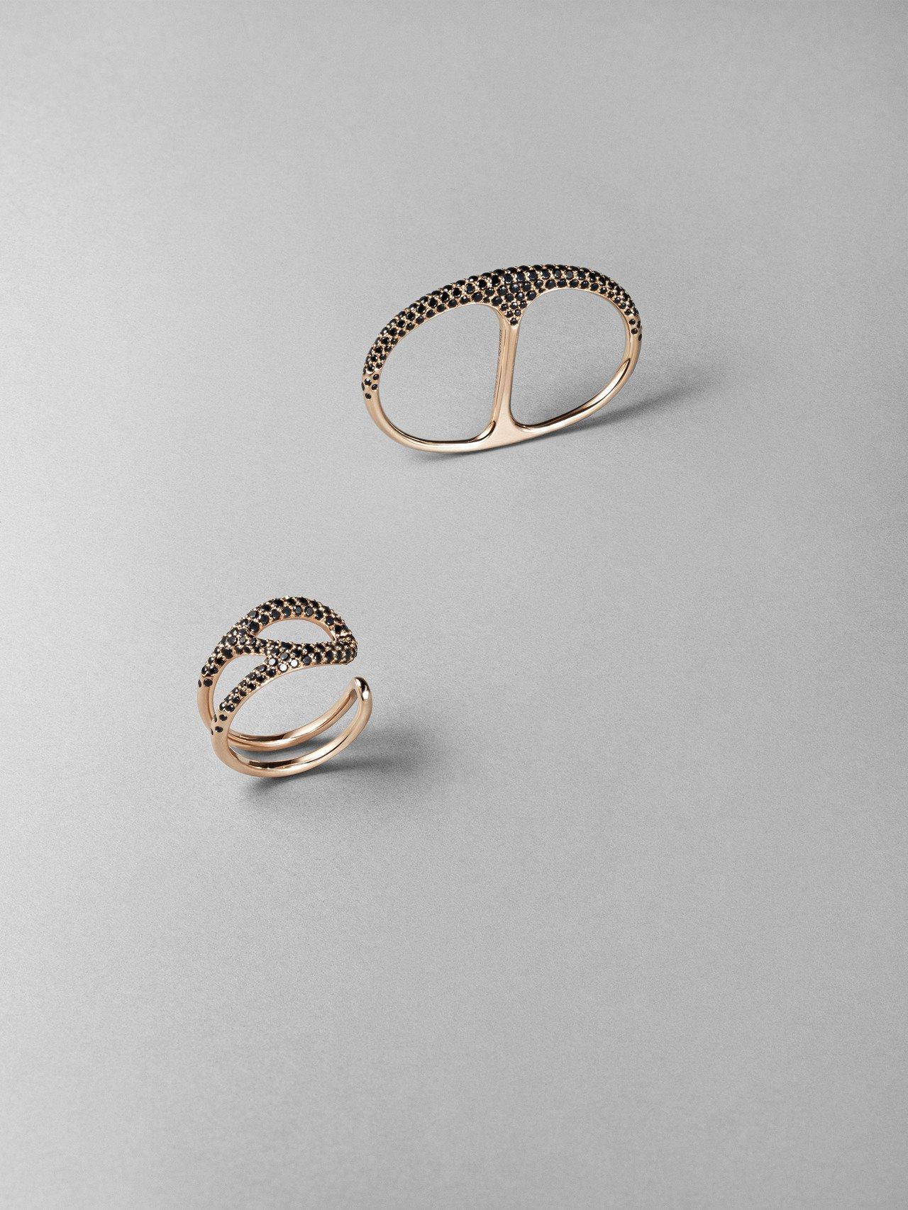 (由上至下)Chaîne d'Ancre Punk系列玫瑰金鑲黑尖晶石雙指戒指,...