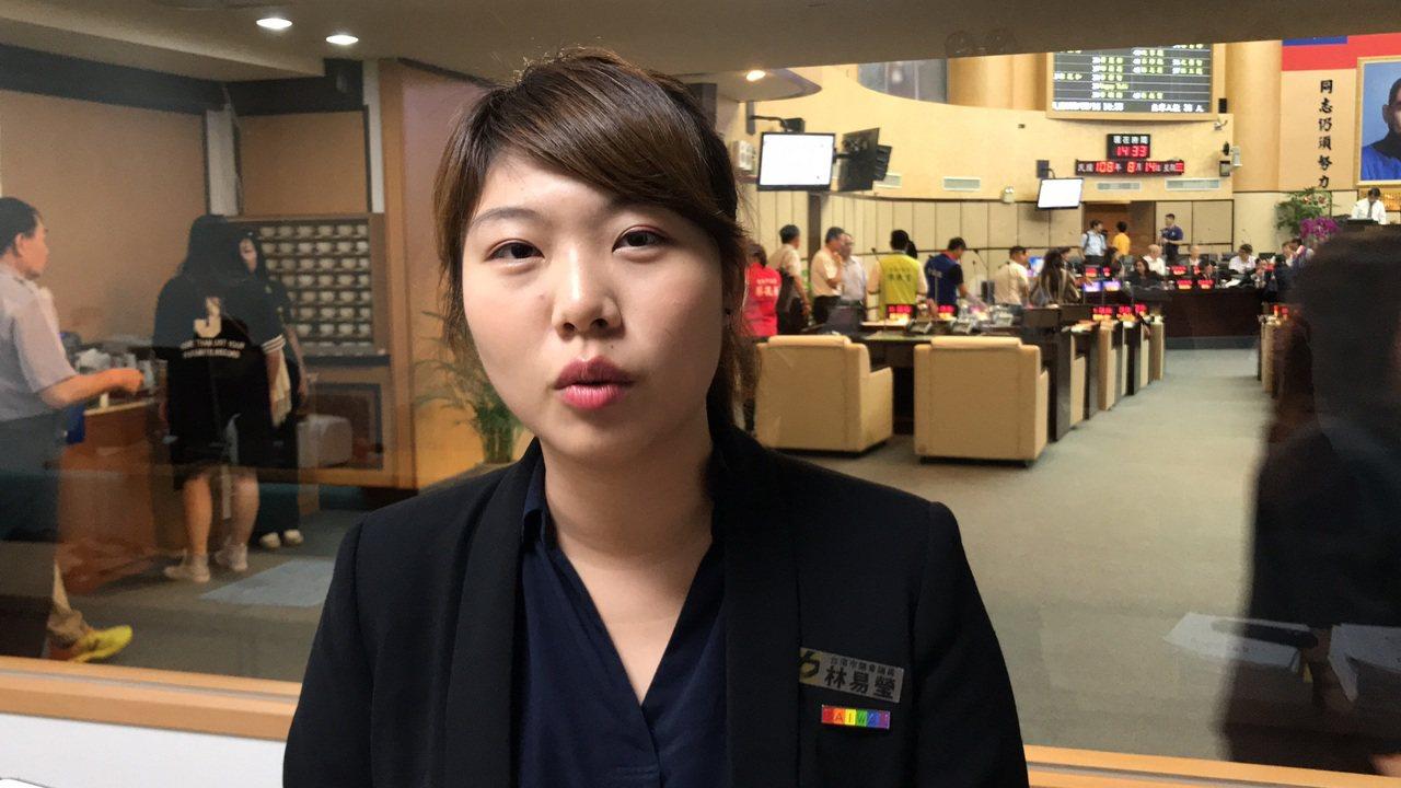 時代力量台南市議員林易瑩表示她會支持「抗中保台」的總統人選。記者鄭維真/攝影