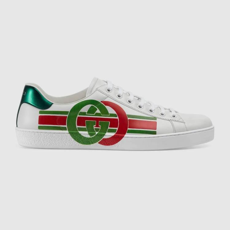 互扣式雙G印花Ace系列運動鞋,29,600元。圖/Gucci提供