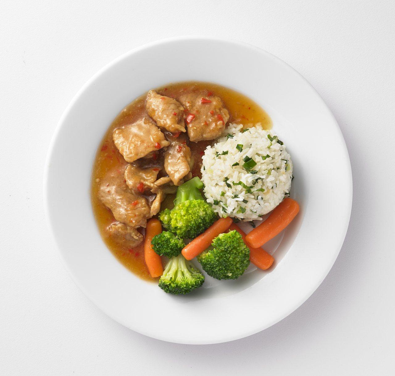 IKEA瑞典餐廳新推出燒肉香蔥飯,售價99元。圖/IKEA提供