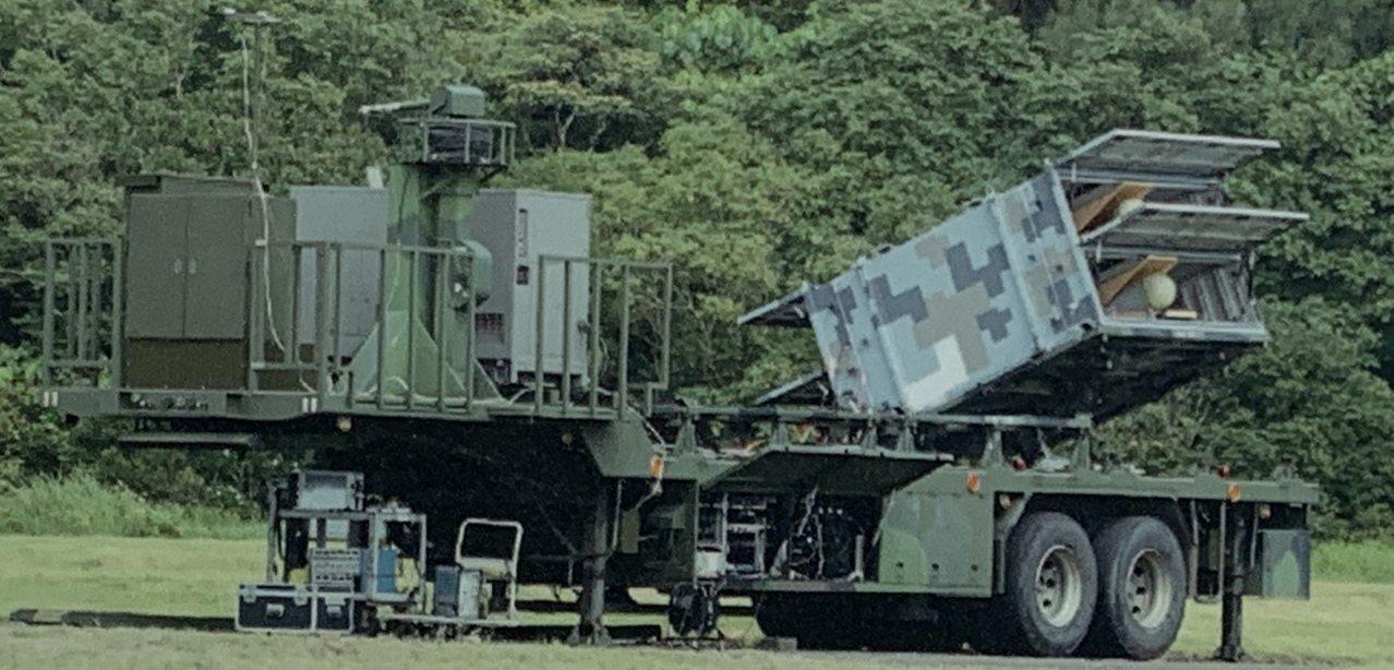 「劍翔」反輻射無人機今年起已進入量產階段,圖爲單箱二聯裝。記者洪哲政/翻攝