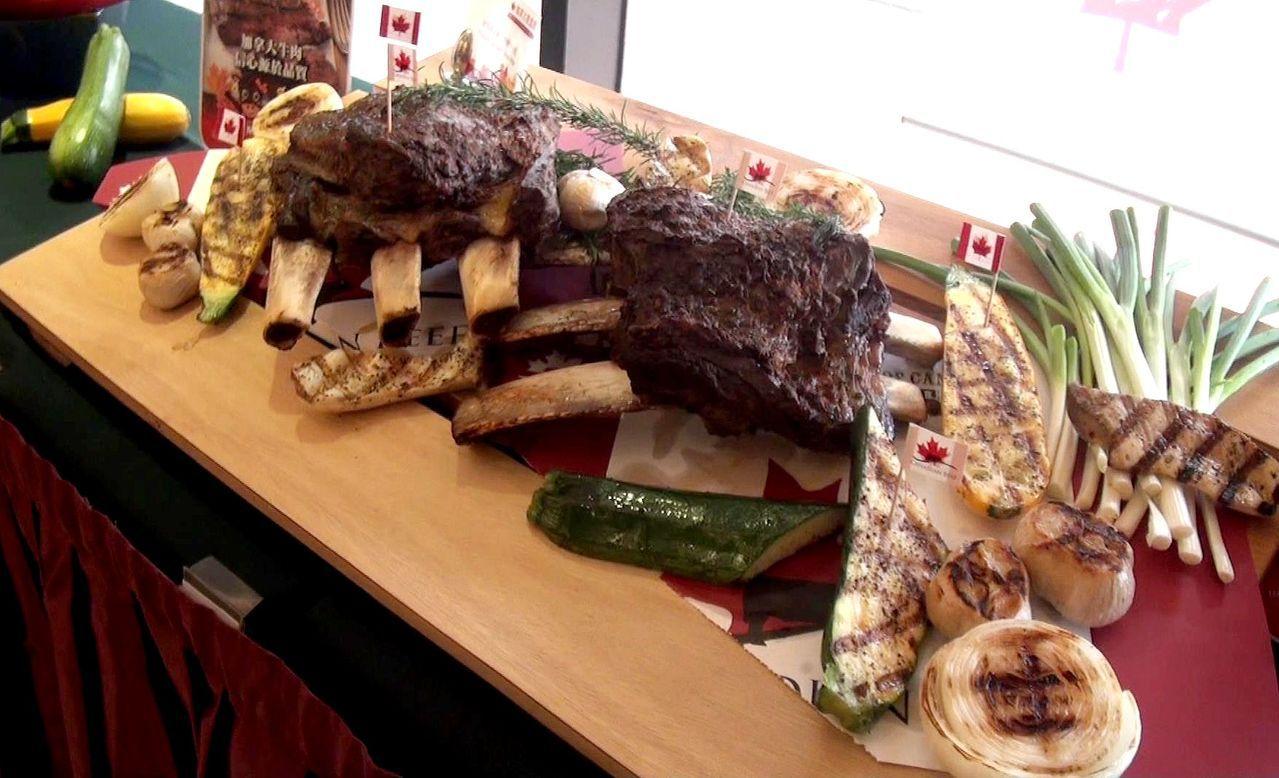 加拿大牛肉品管嚴格,即起在義大天悅飯店「加拿大美食節」,吃得到道地美味。記者王昭...