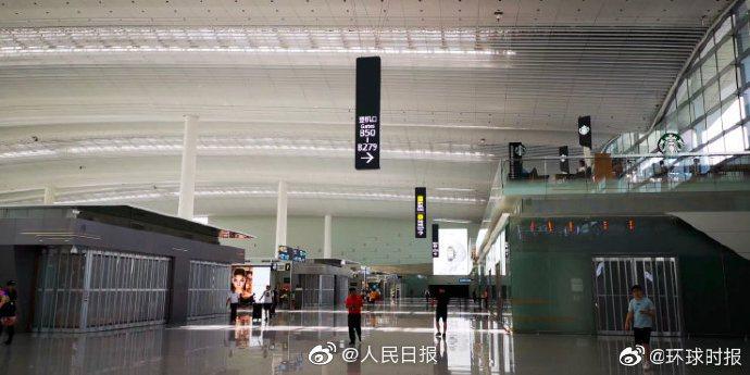 廣州白雲國際機二號航站樓14日晚間舉行「應急處置演練」,被視為是為因應香港未來可...