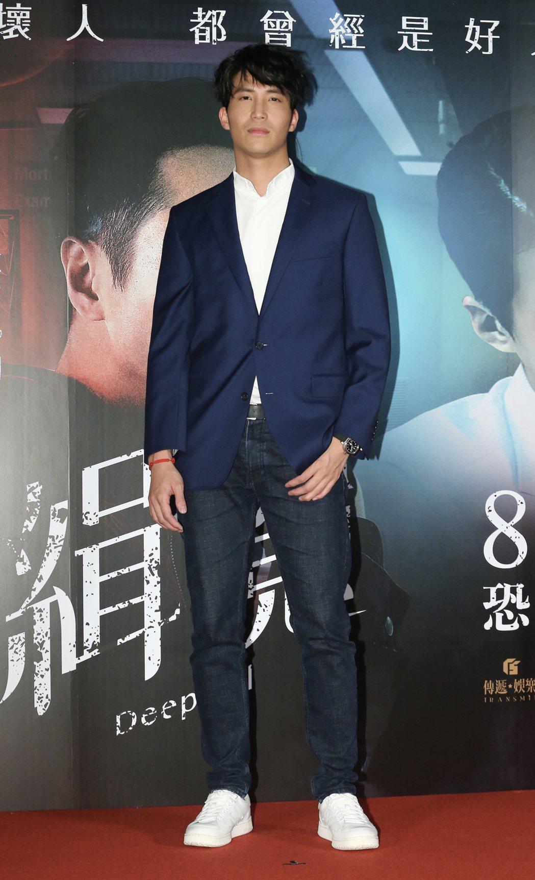 國片「緝魔」舉辦首映會,片中演員吳翔震等人一同出席首映會活動。記者許正宏/攝影