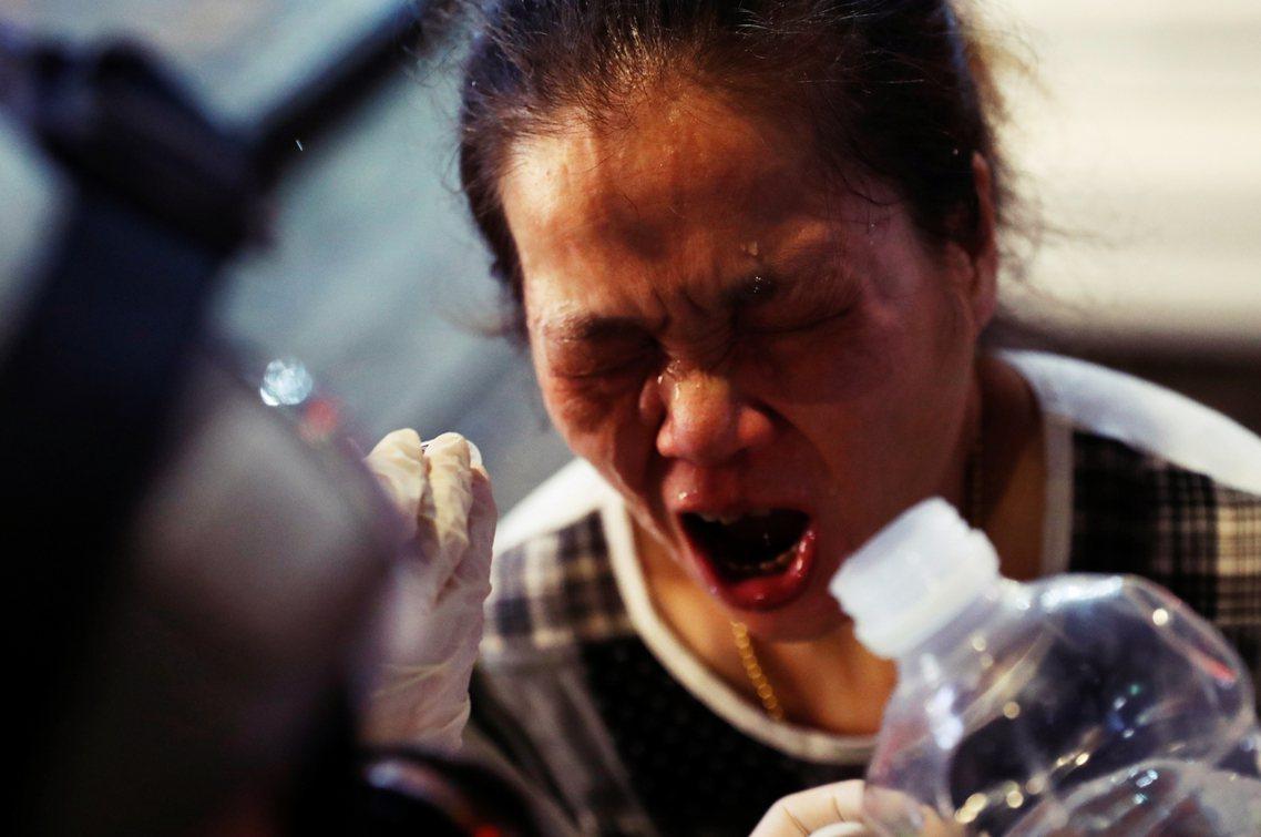 「美國一向支持著自由與民主,也一直很關心並焦慮著香港的緊張局勢......我們不...