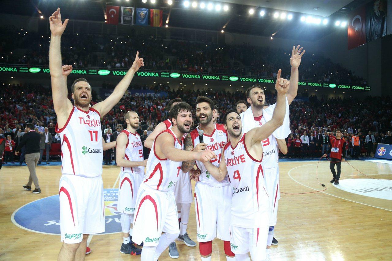 陣中擁有3位NBA球員的土耳其8月份展開一系列熱身賽,積極備戰月底將於中國登場的...