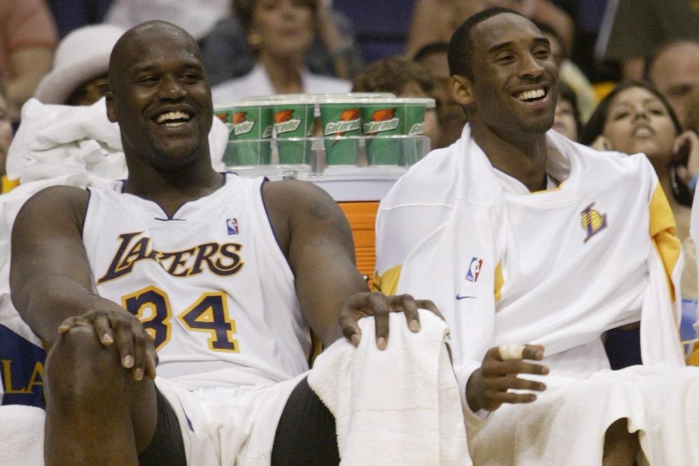 NBA2K將布萊恩(右)與歐尼爾(左)選入2000年代最佳陣容。 歐新社