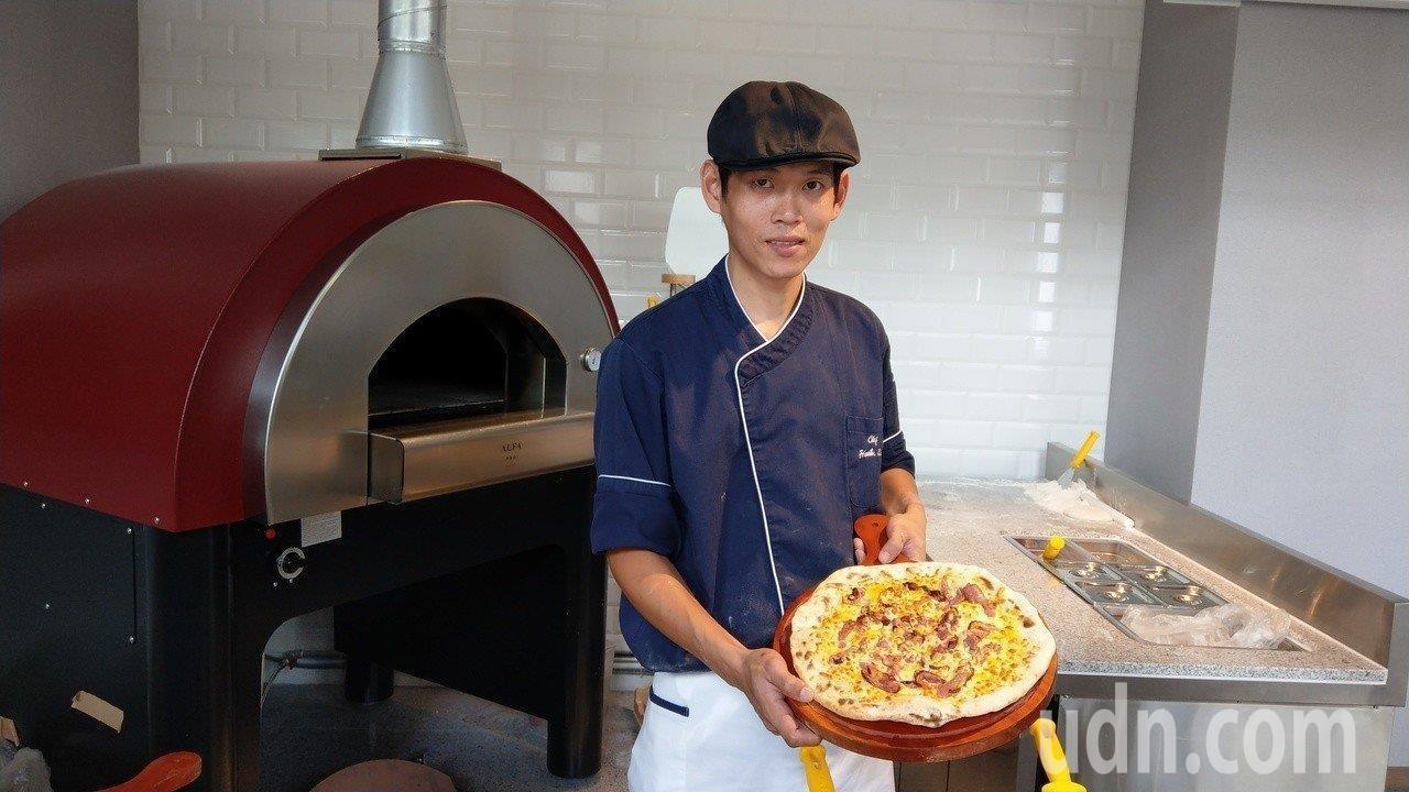 品文旅的溫泉pizza,薄皮Q軟好滋味,縣民八折優惠價。記者戴永華/攝影