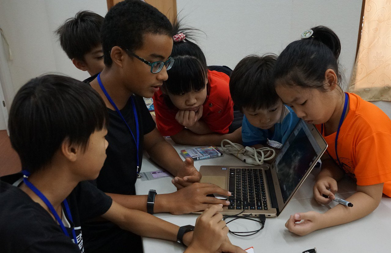 工研院設計遙測教案,運用地圖遙測軟體,讓小朋友以鳥瞰的角度欣賞自己生長的土地。圖...