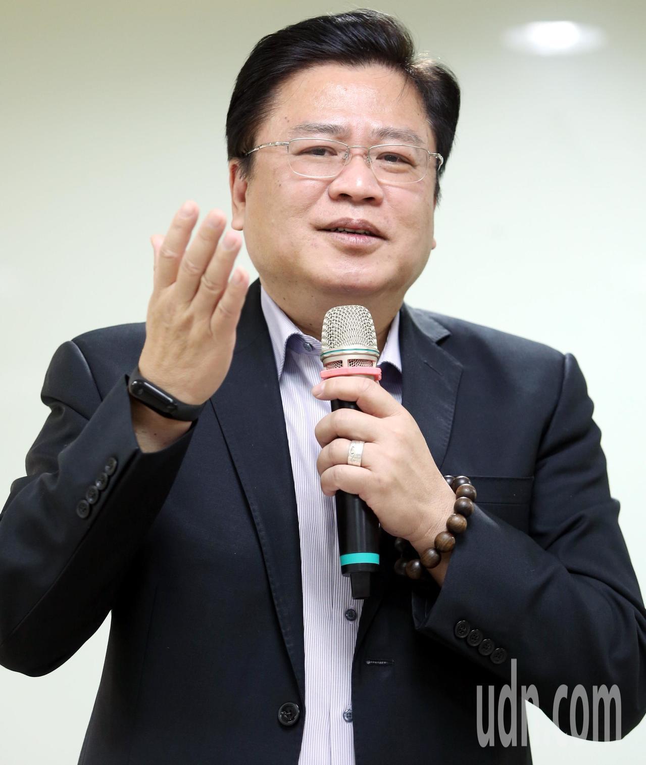商總副理事長許舒博痛批政府調漲基本工資,是製造勞資雙方對立,也會帶動物價上漲,讓...