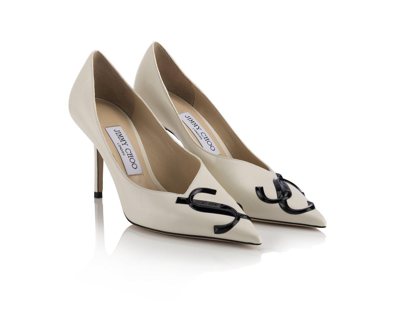 LOVE JC LOGO不對稱尖頭鞋,32,800元。圖/Jimmy Choo提...