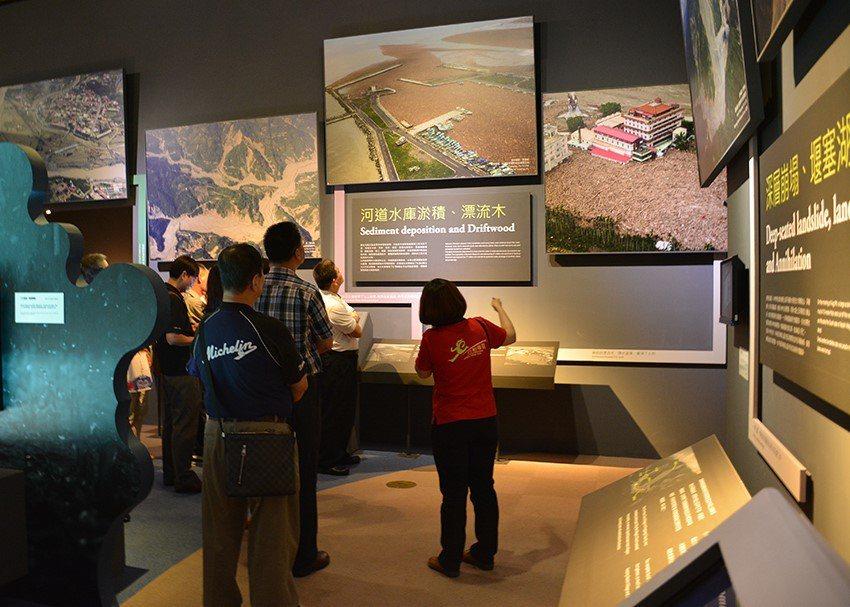 國立科學工藝博物館氣候降雪展。圖/教育部提供