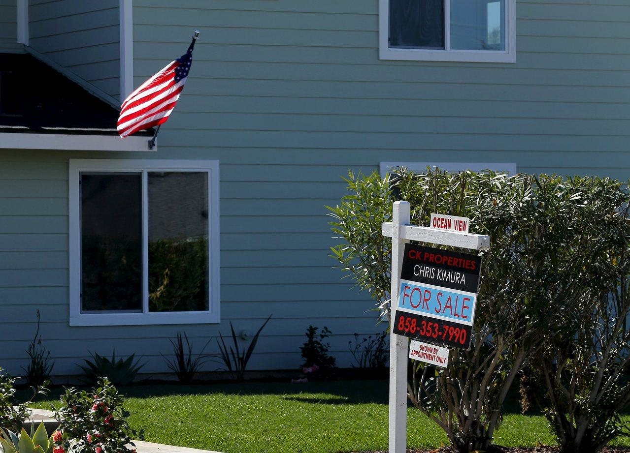 房屋貸款是美國家庭債務的首要來源。 路透