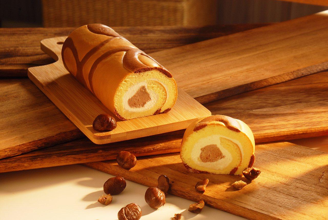 中秋限定「法式栗子」生乳捲,售價420元。圖/亞尼克提供