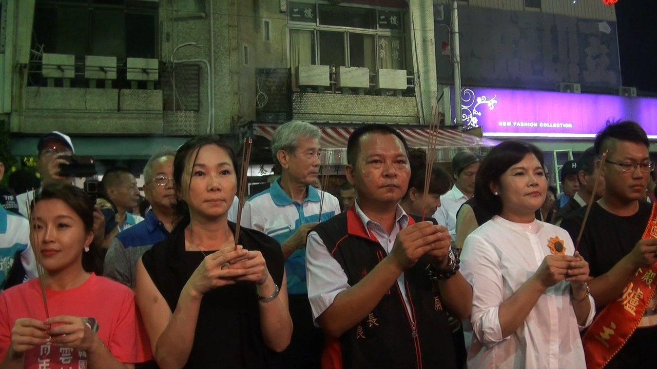 李佳芬今晚回到雲林參加虎尾大普渡並參拜普渡公。記者蔡維斌/攝影