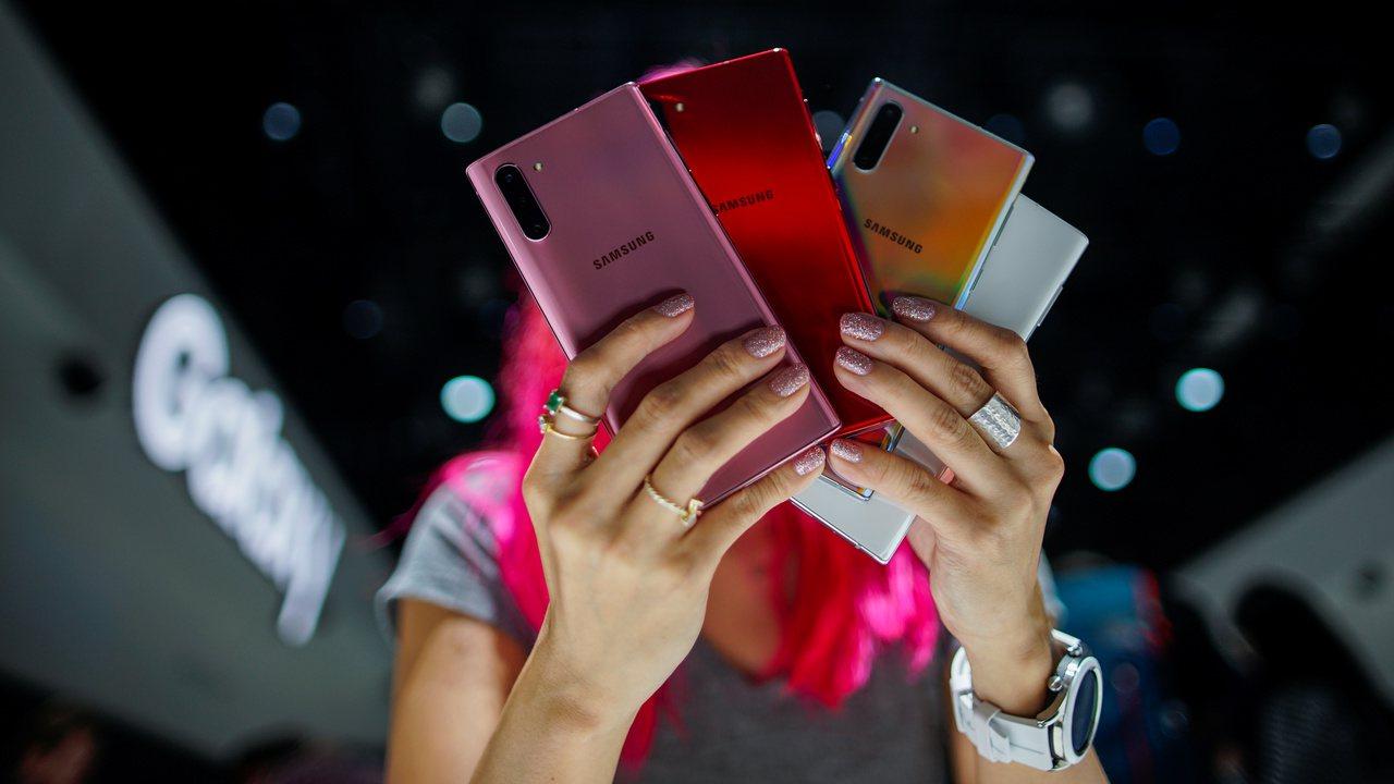三星上季在東南亞手機市場的出貨量高居第一,蘋果及華為皆不在前五名之內。路透