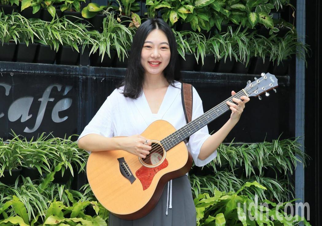 洪安妮坦言做音樂並不容易賺錢。記者潘俊宏/攝影