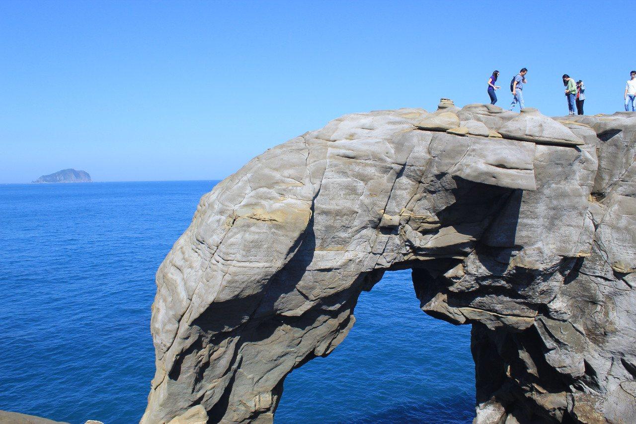 新北瑞芳象鼻岩是青春山海線諸多景點之一。圖/觀旅局提供