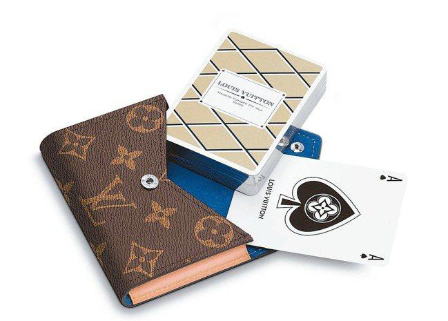 路易威登Arsene撲克牌連袋,16,300元。 圖/LV提供