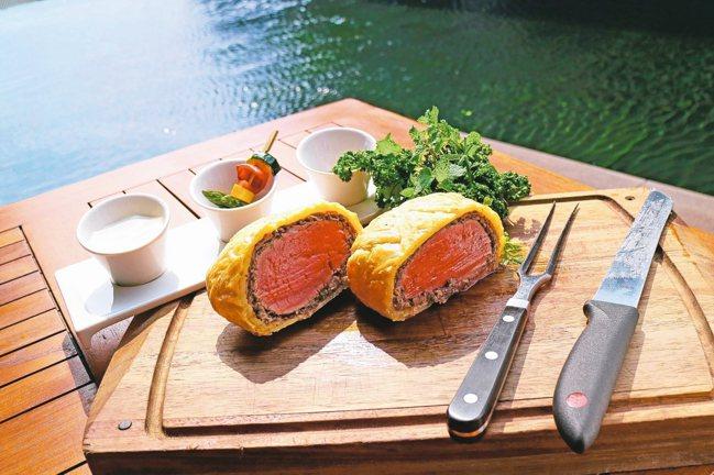 不用出國也能吃到歐洲貴族最愛的正統威靈頓牛排。 圖/北投麗禧溫泉酒店提供