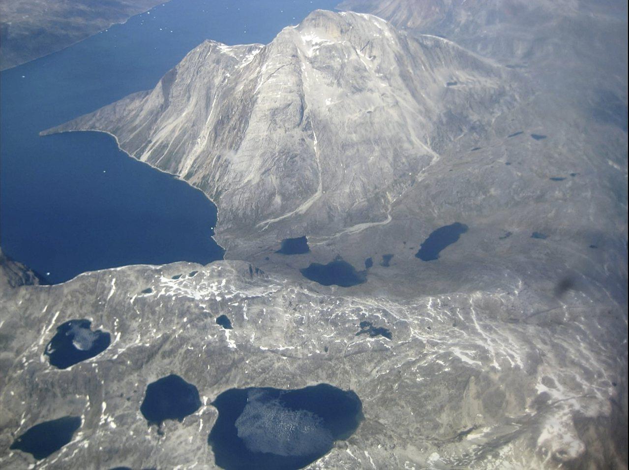格陵蘭島靠近北極,圖為島上覆蓋的冰帽。美聯社