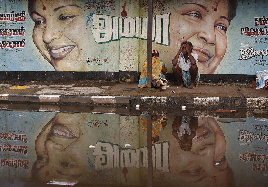 「就算有水也留不住...」當地公寓房主協會會長的柯達(Harsha Koda)表...