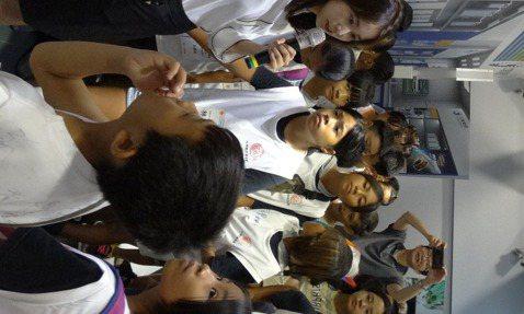 自2011年起,中華電信基金會已連續9年於暑假舉辦「籃球小子夏令營」公益活動。 ...