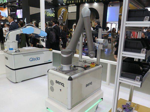 圖三 : 許多自動化廠商將協作機器人結合無人車,讓機動性大幅提昇。