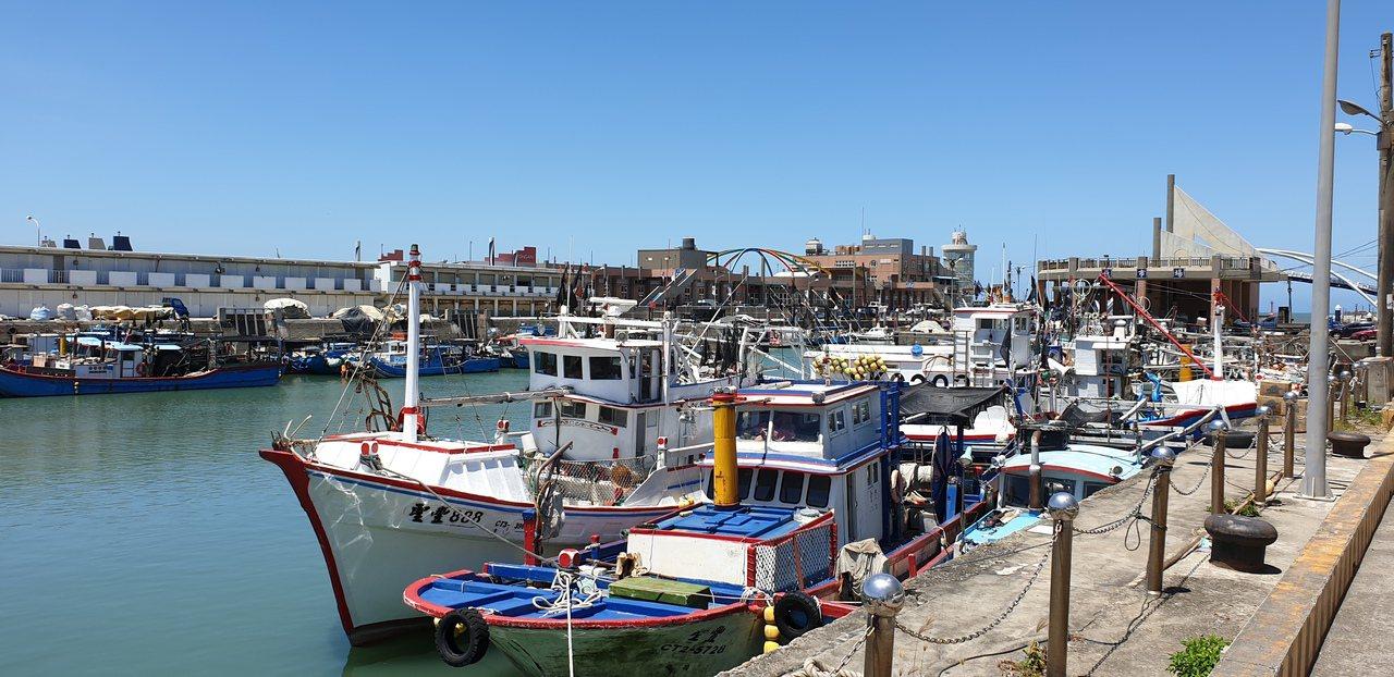 永安漁港是全國唯一客庄漁港,市府、漁會積極發展休閒觀光漁業。記者鄭國樑/攝影