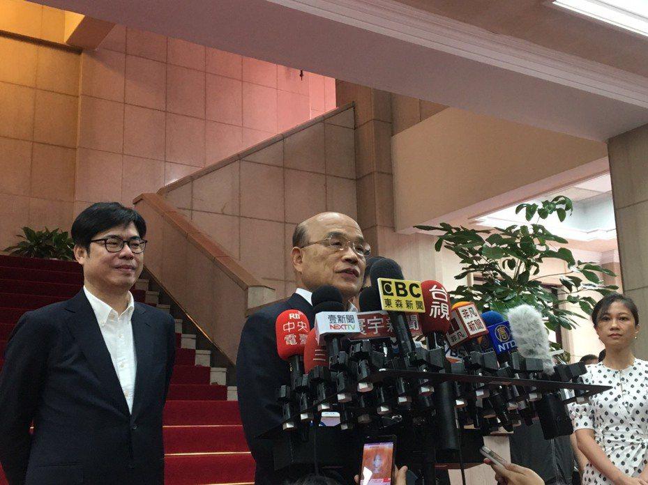 行政院長蘇貞昌今天出席行政院親子活動日前接受媒體訪問。記者周佑政/攝影