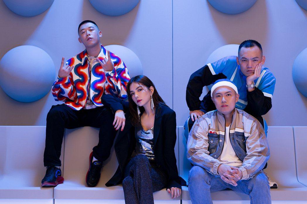 玖壹壹與Ella合作新歌,限定組合「9E11」。圖/混血兒娛樂